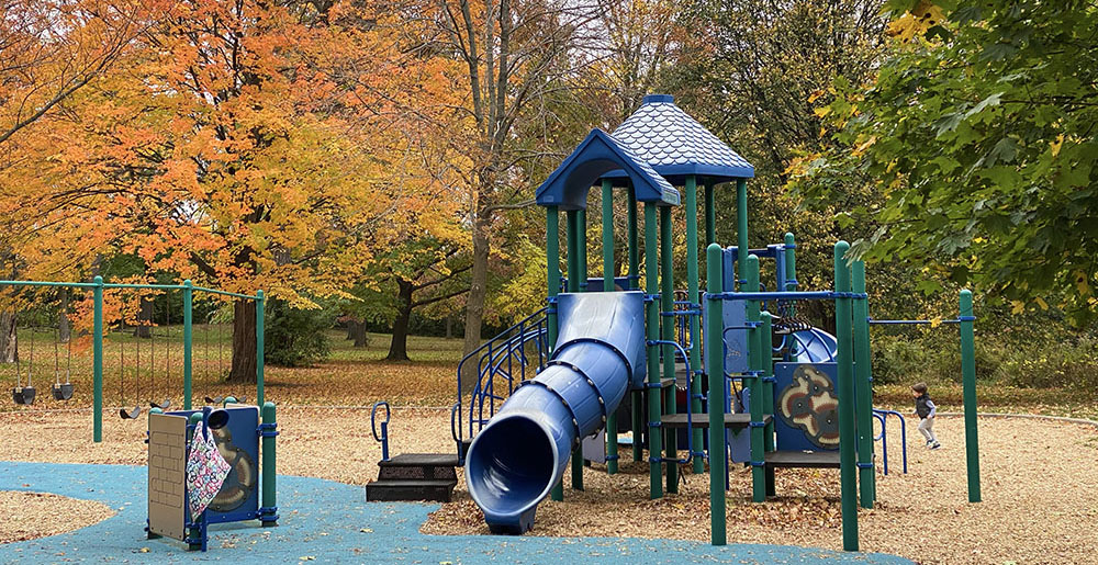 playground at Wisconsin Ave Park