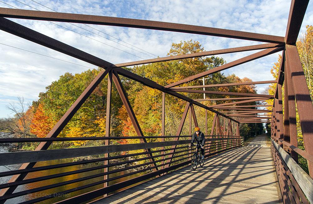 Milwaukee River bridge, Ozaukee Interurban Trail, Town of Grafton